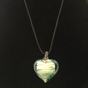 Jewelry - Glass heart necklace